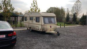 rulota parcata in camping